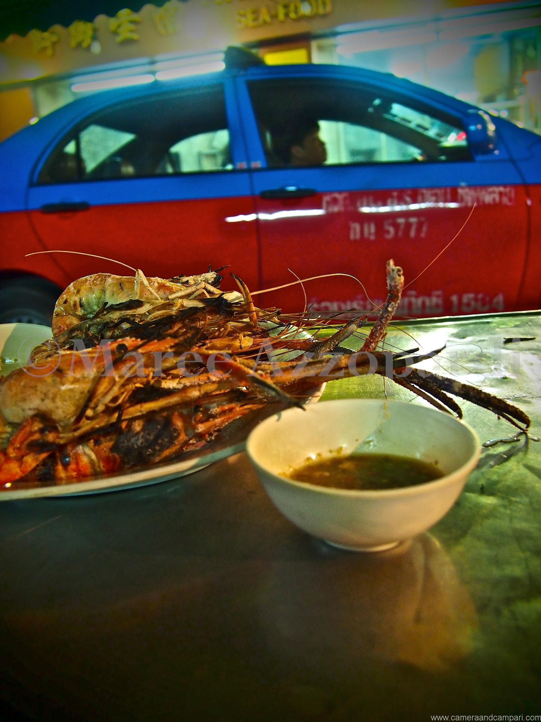 Giant river prawns with spicy nam jim dipping sauce in Soi Texas, Chinatown Bangkok