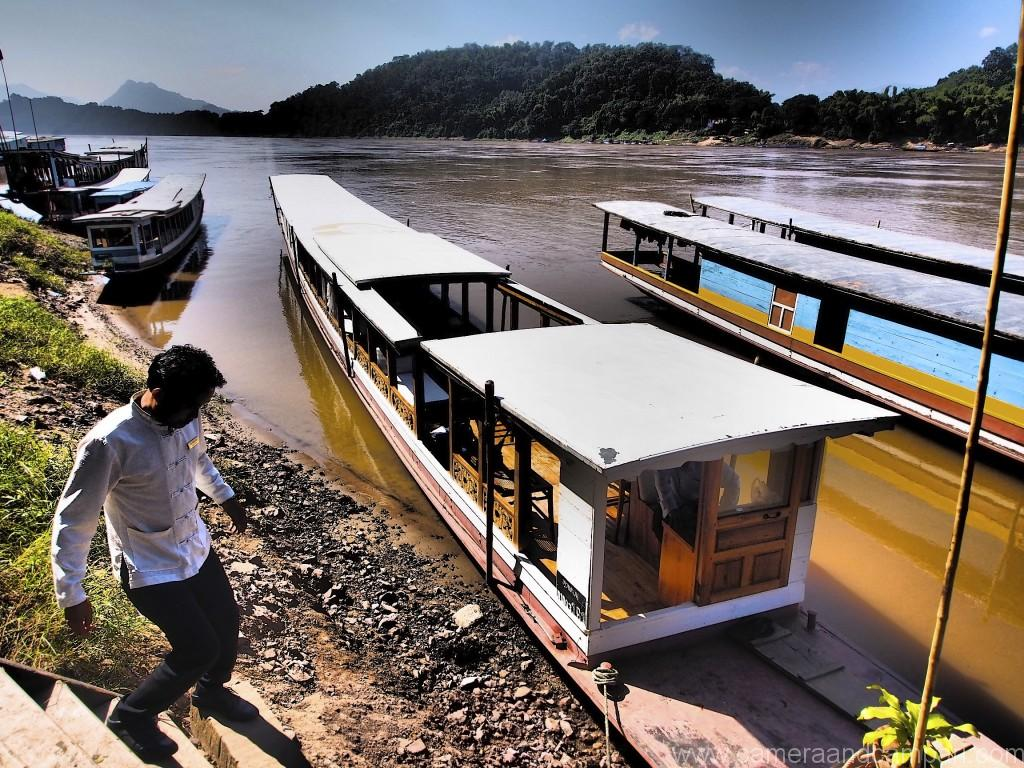 Take the hotel's own private luxurious long boat on a sunset cruise or a day excursion on the Mekong River.